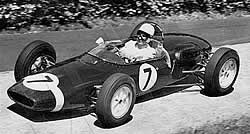 Stirling Moss en el Lotus 18