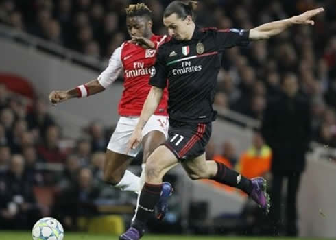 Alex Song con Ibrahimovic