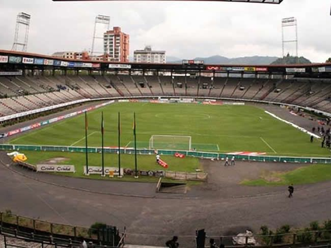 Cancha del estadio Manuel Murillo Toro